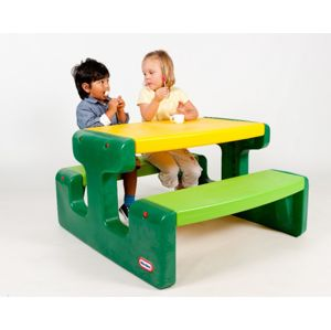 Little Tikes Large Picnic Table Evergreen 466A00060